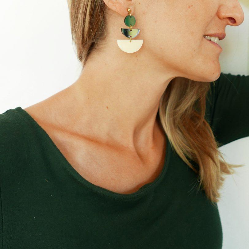 Bica orecchini jazz verdi indossati